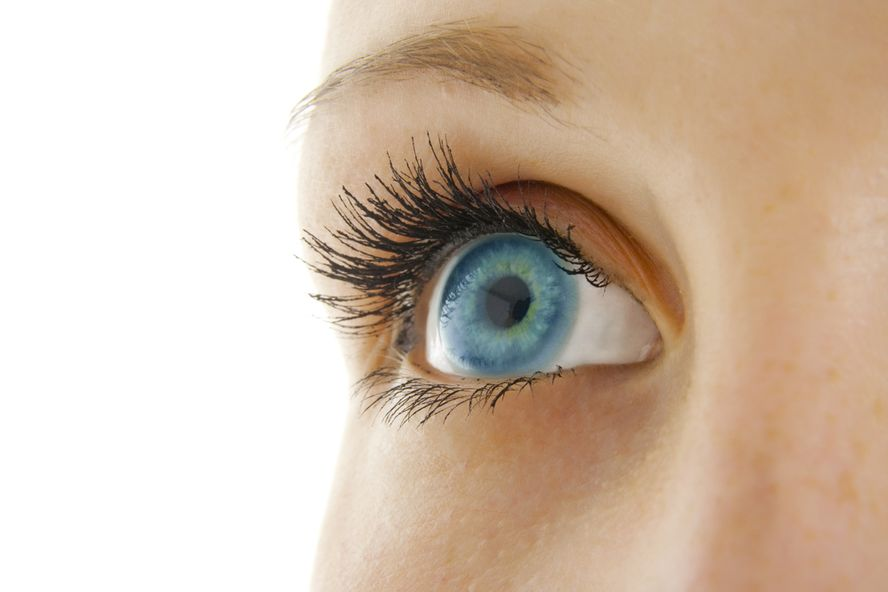 New Trifocal Lens For Cataract Patients: Helps Restore Full Vision