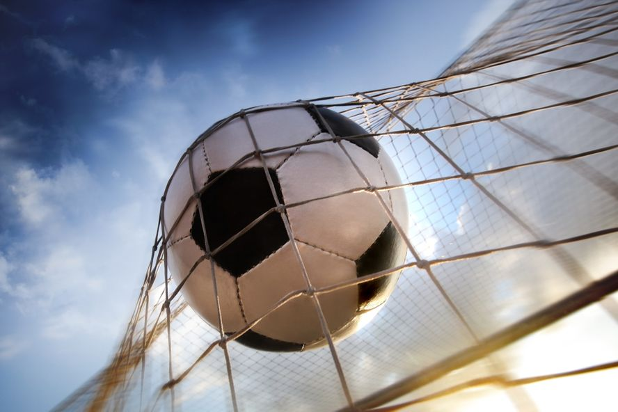 New Report Recommends Banning Headers, Physical Contact in Youth Soccer