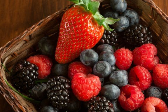 Berry Eating is Good For the Heart