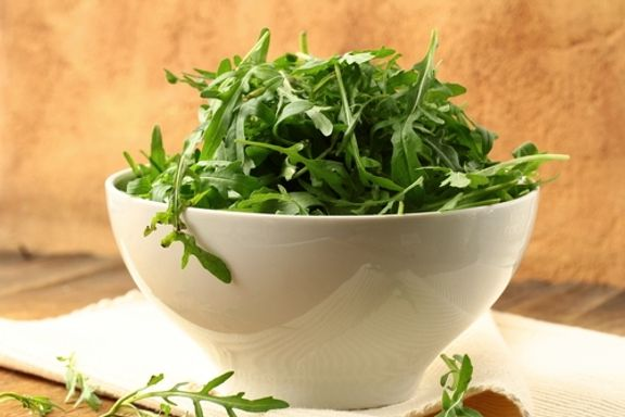 6 Reasons Springtime Greens Are Worth a Healthy Nibble