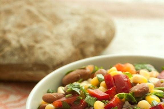 10 Ensaladas Ligeras que Equivalen a una Comida Completa