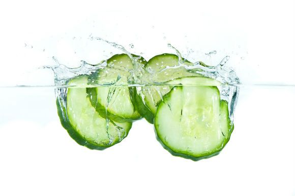 15 Juicy Ways to Snazz up Your Water