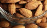 """¡Diez alimentos que ayudan a disminuir los """"michelines""""!"""