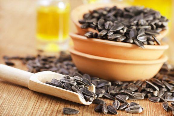 7 salatfreundliche Toppings, die gesunde Fette enthalten
