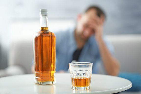 Signes de dépendance à l'alcool : quand boire devient un problème