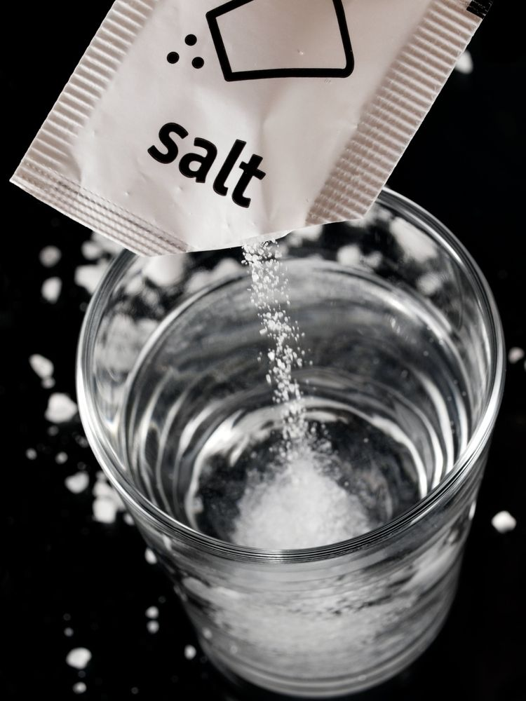 Tabling 6 Pros and Cons of Salt in your Diet