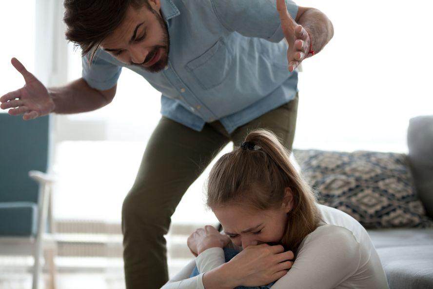 Señales reveladoras de una relación abusiva