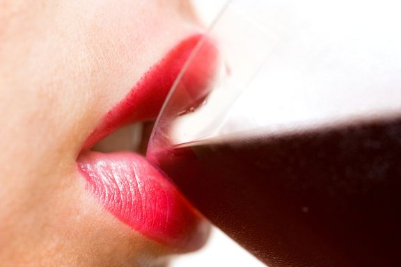 Daily Drinking Raises Risk of Cancer in Women, Study Shows