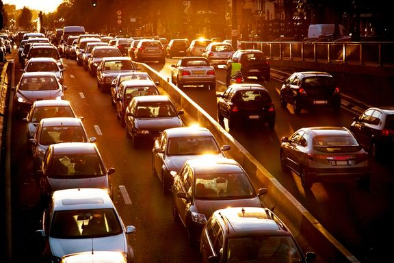 Professional Burnout Linked to Length of Commute