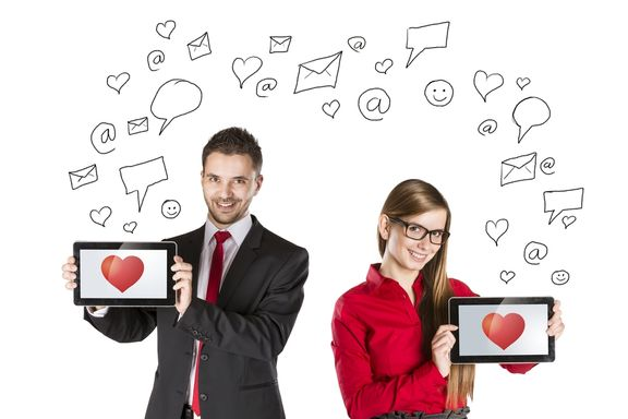 Point, Click, Love: 10 Online Dating Safety Tips