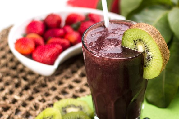 10 Super Ingredients for Healthier Smoothies