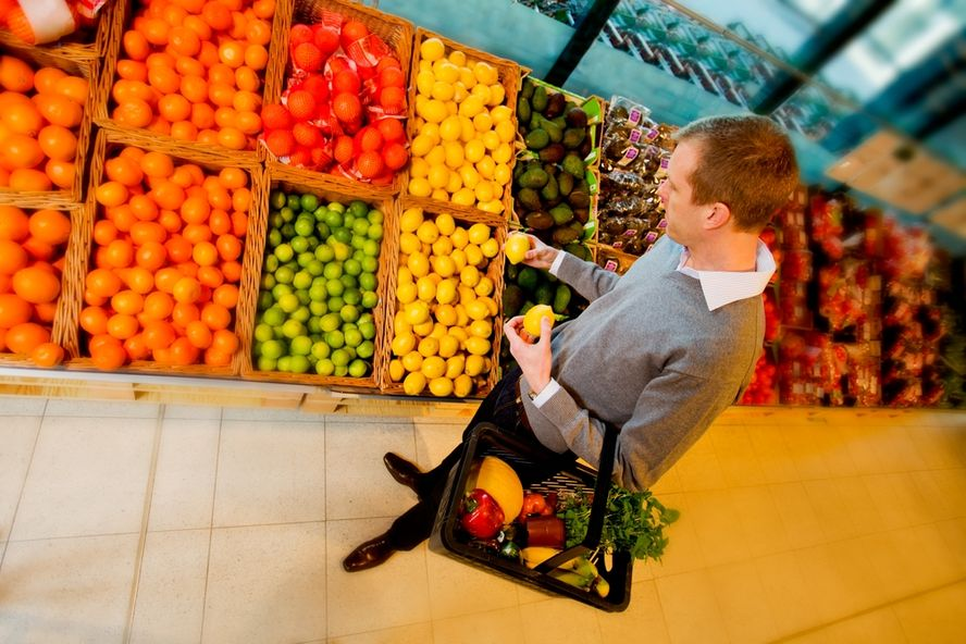 Once consejos para hacer compras más saludables y económicas