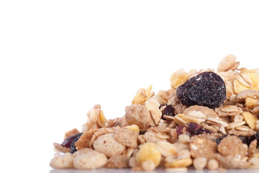 8 recetas saludables de frutos secos para acampar o ir de excursión