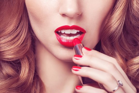 10 Cosmetic Ingredients to Nix from Your Beauty Regimen