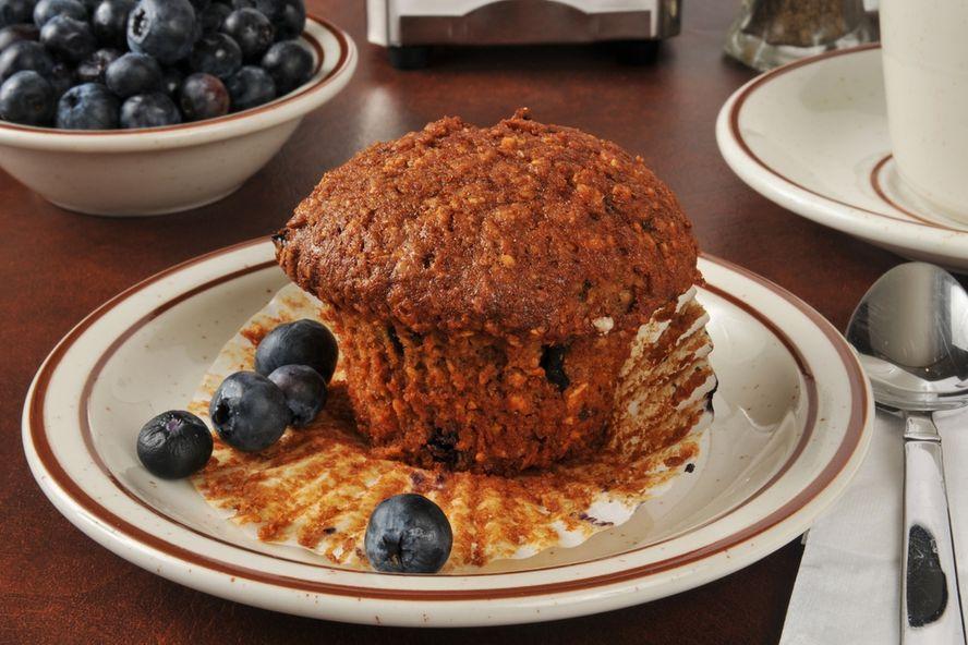 """Diez snacks """"saludables"""" que debe evitar si busca perder peso"""