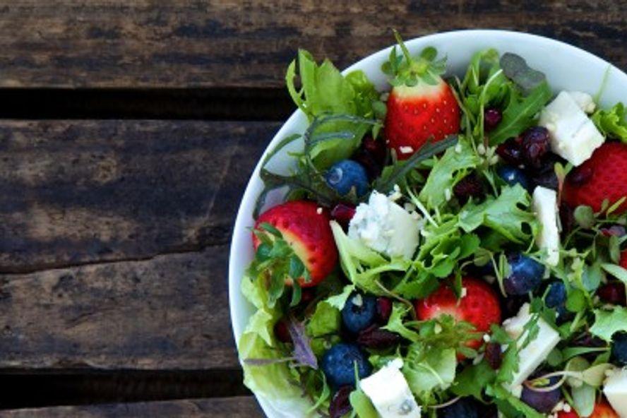 8 Consigli per Evitare le Intossicazioni Alimentari Estive