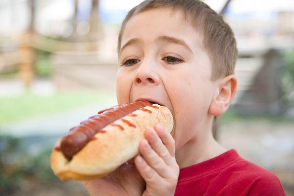 Las peores cenas para alimentar a sus hijos