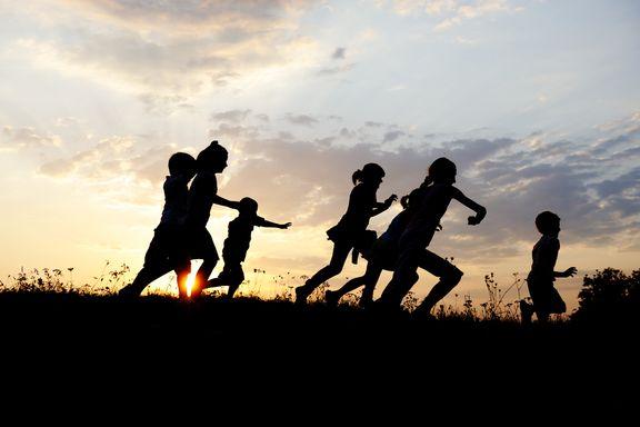 10 Modi Divertenti per Far Fare Attività Fisica ai Bambini in Autunno