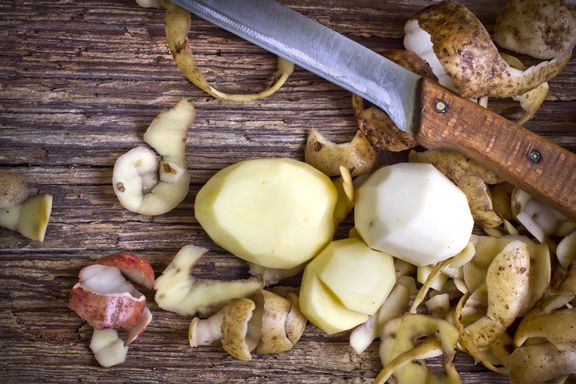10 Simple Ways to Cut Down on Food Waste