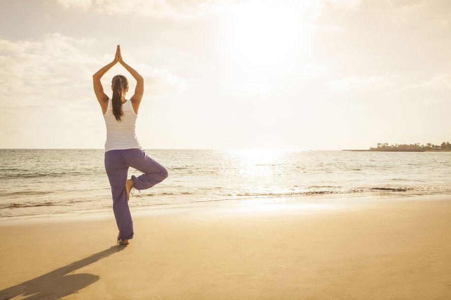 Le Posizioni Yoga per Avere Piedi Più Sani
