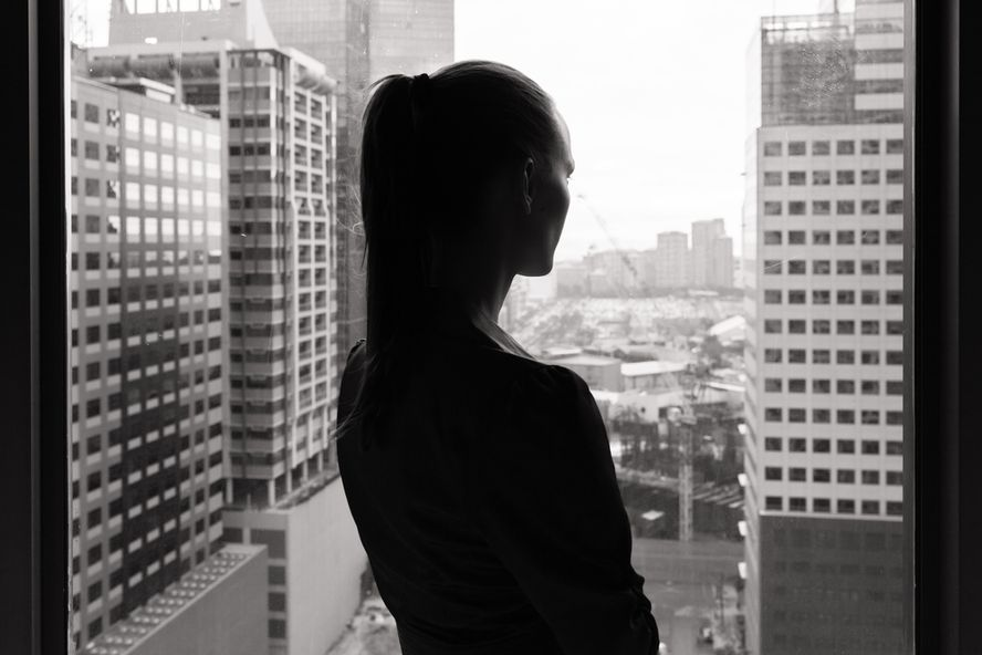 Depression a Bigger Problem for Women Bosses, Study Suggests