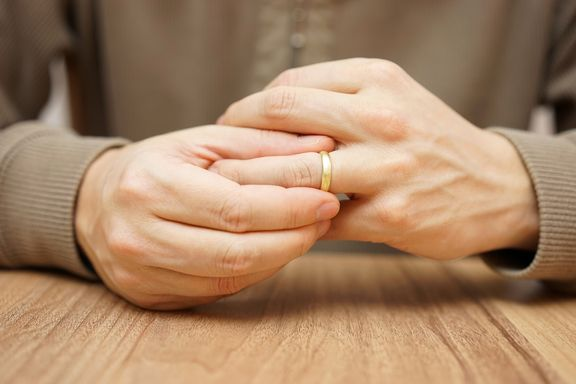 Men More Likely to Cheat When Financially Dependent on Wives, Study Suggests