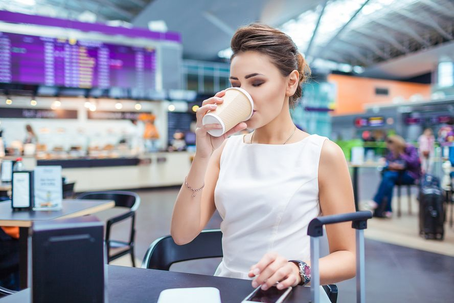 6 Ways to Fly Above Jet Lag Symptoms