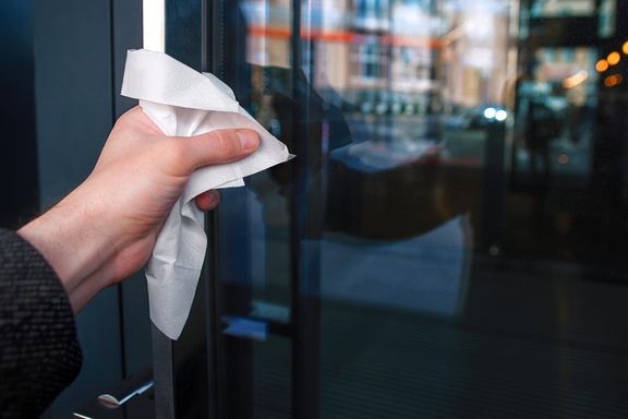 Germaphobe Habits to Adopt During Cold & Flu Season