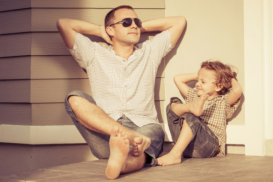 7 Things Moms Need To Know About Dads For Father's Day