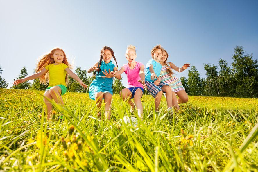 6 Wege, um gesunde soziale Fähigkeiten bei Kindern zu fördern