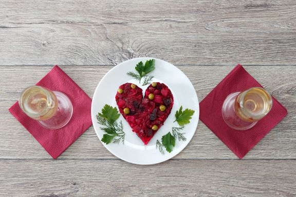 6 Dining Tips For Your Vegetarian or Vegan Valentine