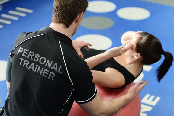 Tips For Choosing the Right Personal Trainer