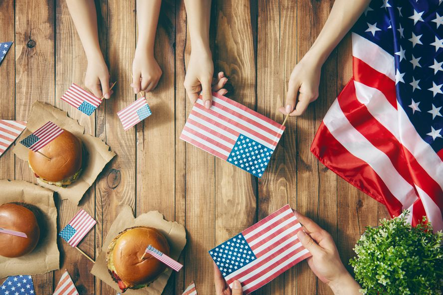Tips for Hosting a Healthy Independence Day Party