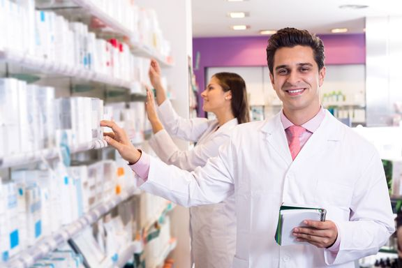 6 Ways Pharmacists are Good for Your Health