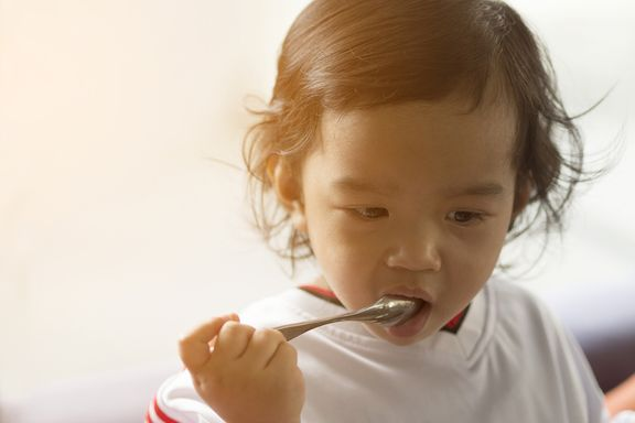 7 Ways to Take the Fuss out of Toddler Mealtimes