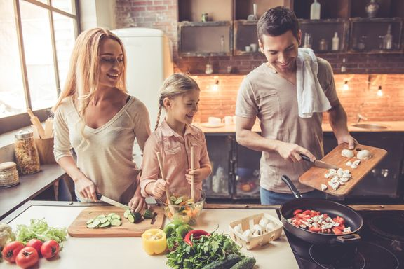 Small Changes For Your Healthiest Year as a Family
