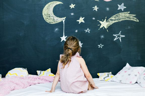 7 Ways to Calm Restless Kids Before Bedtime