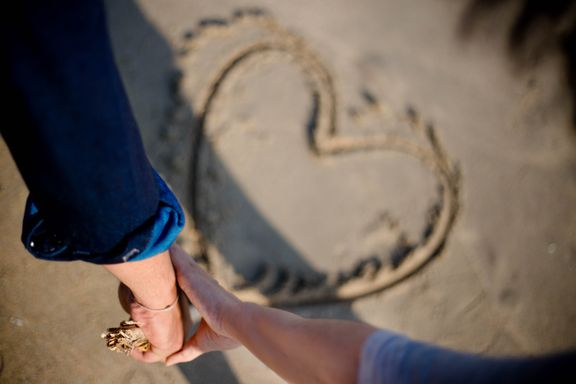 Check Out These 8 Facts About the Science Behind Attraction