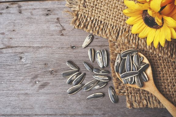 The Health Benefits of Eating Sunflower Seeds