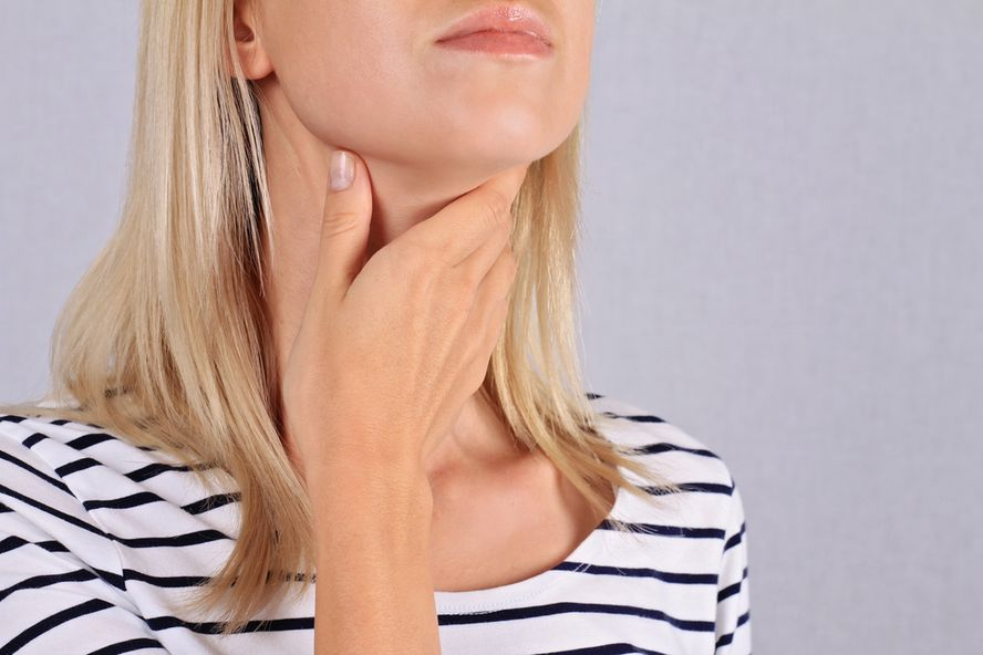 Causes, Symptoms, and Facts on Hashimoto's Disease