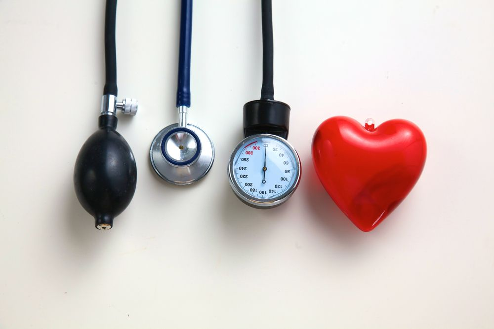 Common Symptoms, Causes, and Treatment of High Blood Pressure