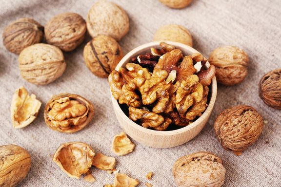 The Incredible Health Benefits of Walnuts