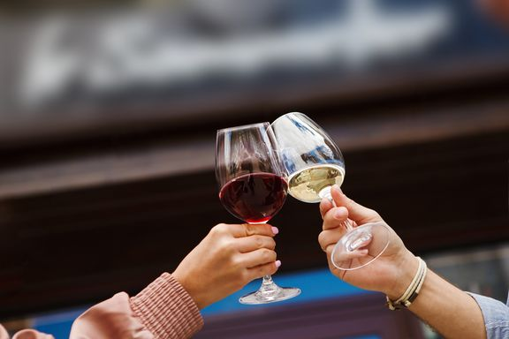 White Wine vs. Red Wine: Which Is Healthier?