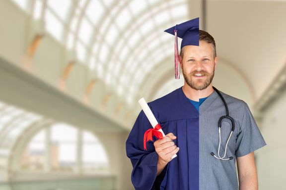 Why to Consider a Nursing Degree