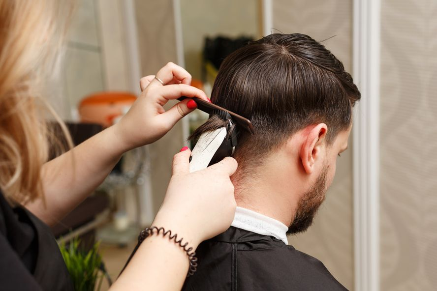 How To Cut And Style Men's Hair At Home