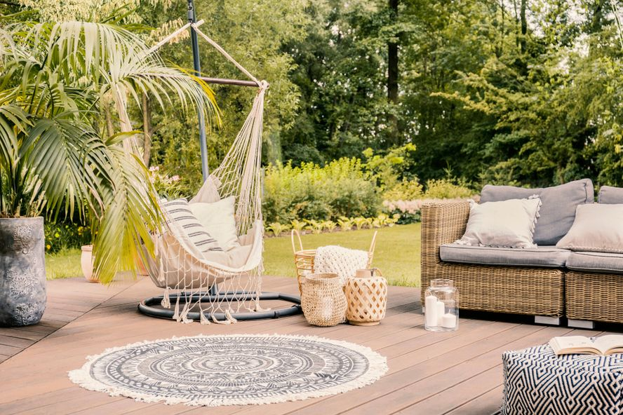 Essential Patio Furniture Items For Your Backyard Oasis