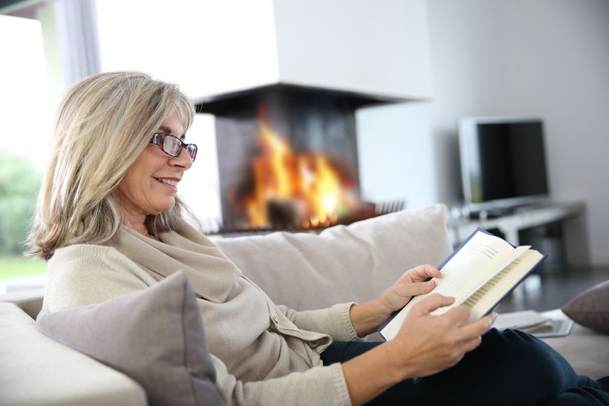 Healthy Hobbies Seniors Should Try This Winter
