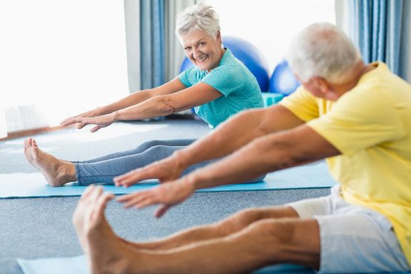 Stretching Exercises Seniors Should Do Every Day