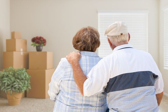 Tips on How Seniors Can Get Deals on Storage Units