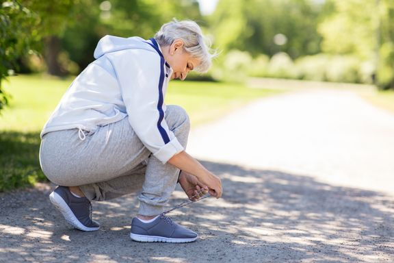 How to Choose the Right Exercise Footwear for Seniors